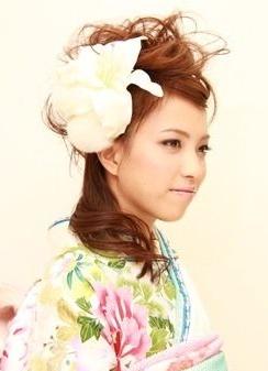 ミディアム振袖髪型