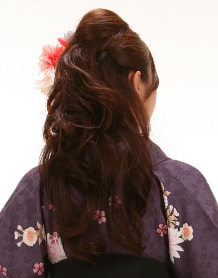 袴の髪型ハーフアップ方法