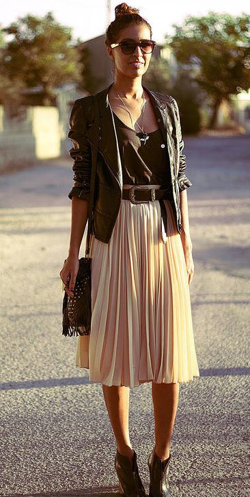 春スカートとブーツコーデ