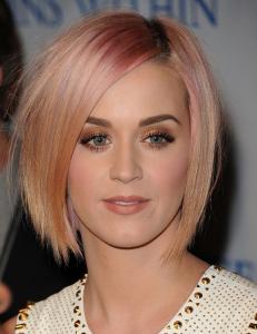 ケイティペリー髪型2014ピンク