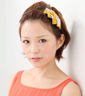 出典:http//www.oyakudachibook.com. 一癖カチューシャ. ショートヘアーの、ウェディングのお呼ばれ