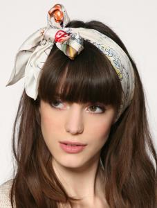 頭スカーフ巻き方