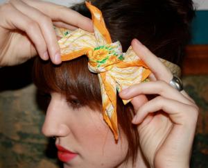 スカーフ巻き方ヘアアレンジ